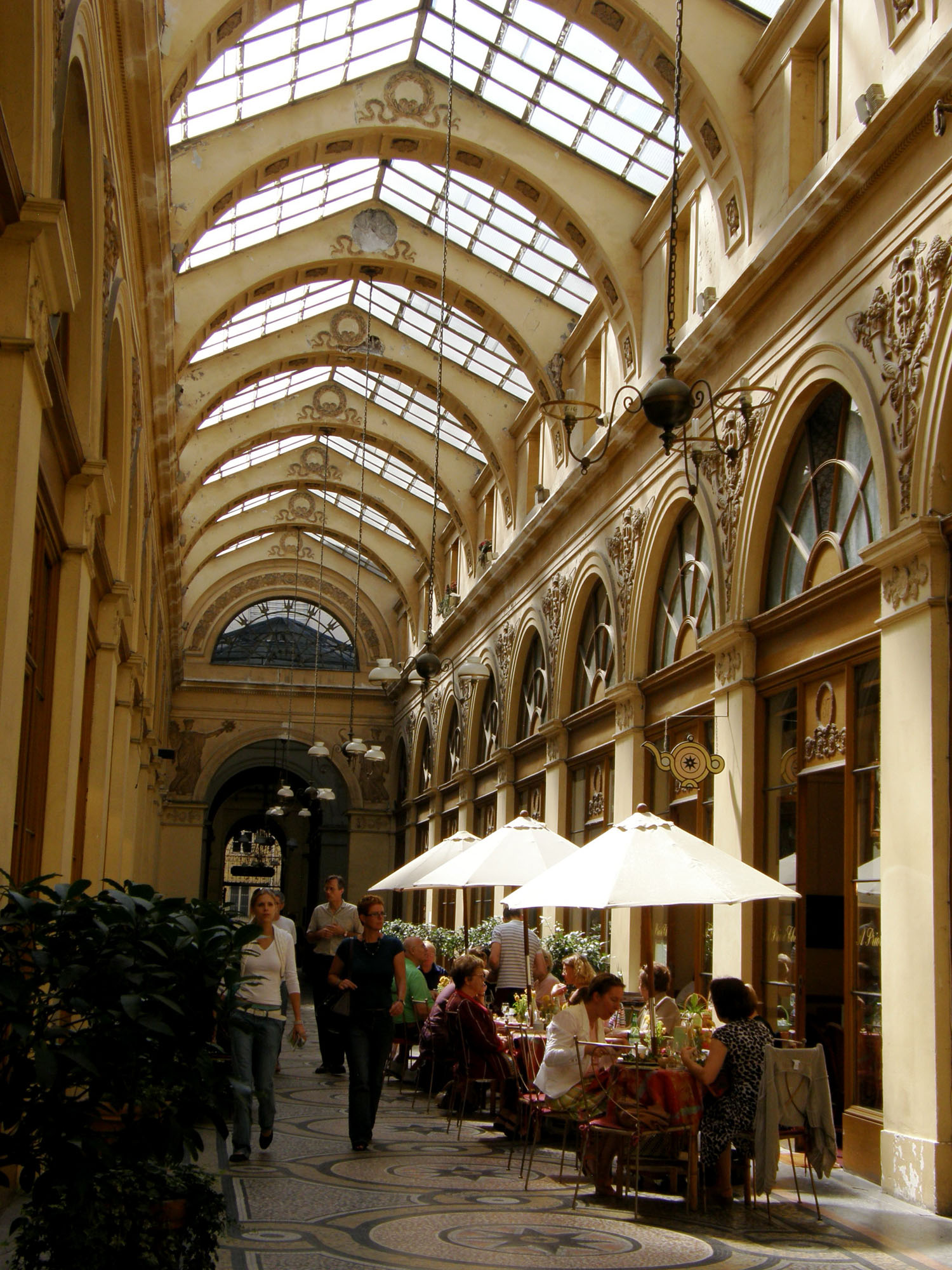 Passage des Panoramas | Around and About with Viv
