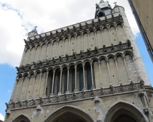The facade of Dijon's Notre Dame Cathedral with the three rows of false gargoyles