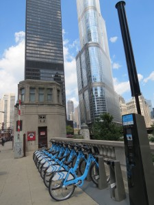 New Chicago bike-share stand, with famous Trump Tower as background