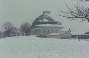 round barn2