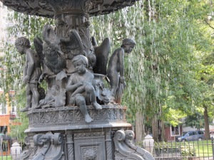 Cherubs on the fountain
