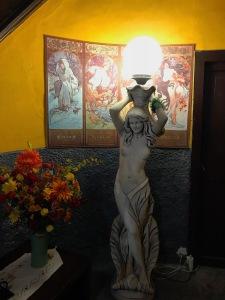 statueinside